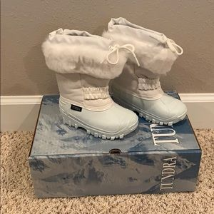 Tundra Vail Toddler Snow Boots size 8